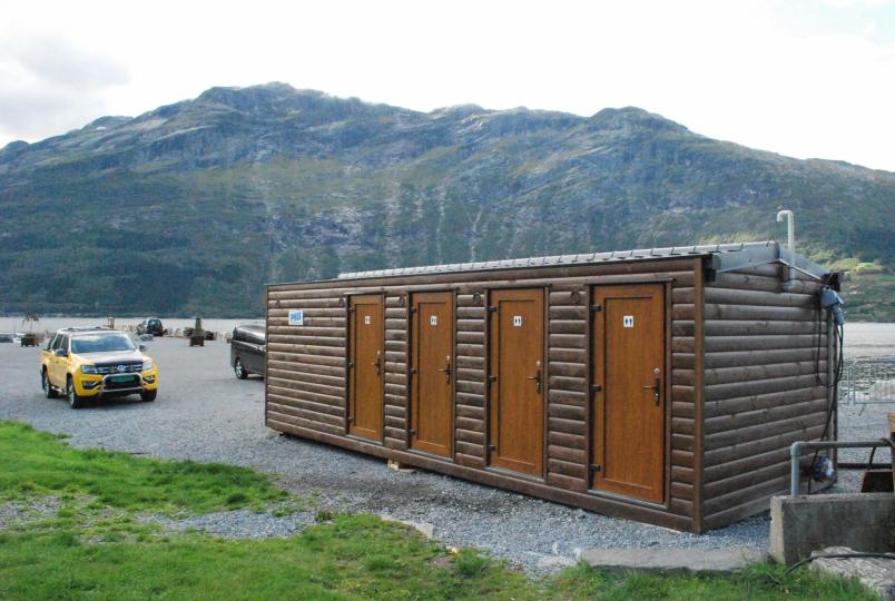 4 toaletter + handicap